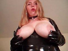 masturbating in nylons and super-naughty footwear part1