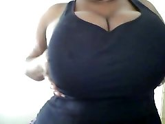 Big Tits Play.. I Love her delish Mammories