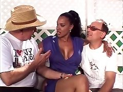 Hot married black beauty gets her amazing tits inhaled by 2 milky studs