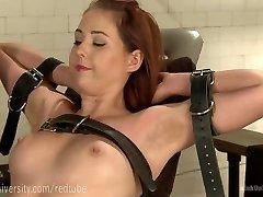Erotic Pussy Pruning Basics