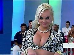 Cougar PORCHISSIMA IN TV...