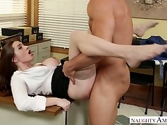 Mind-blowing office manager Veronica Vain banged hard on the table