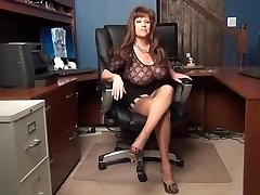 Sexetary Taunts the Boss