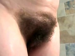 english mature bathes her enormous tits & fur covered pussy