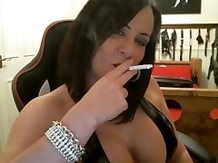 Sexy Domme smoking intructions
