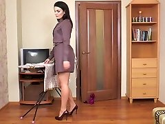 Furry milf Kristina Ray does the household chores