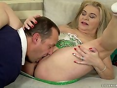 Chunky platinum-blonde haired dirty harlot Betsy B is so into working on stiff dick