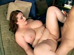 Chubby woman with gigantic funbag gets fucked