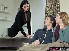 Super-hot stepmom Jasmine Jae walked in and dreamed to lend a arm