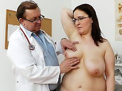 Crummy ugly bitch Dorotha gets tested and satisfied by spoiled doctor