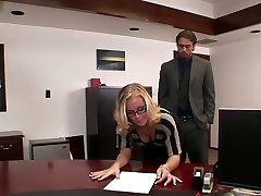 Nicole boinks in office
