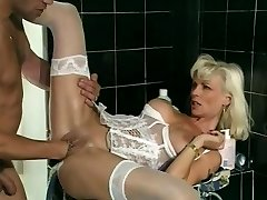 Fucking and going knuckle deep a feisty Milf - Telsev