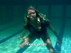 Light-haired Feher with big rigid tits underwater