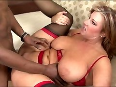 Chubby Cougar screwed by a black guy