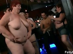 Plus-size start dirty party