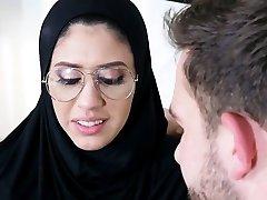 Tiny arab teen fucked