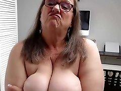 Bbw granny webcam solo