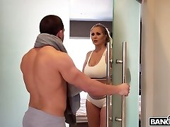 A very hot scene in which Julia Ann and her lover have hook-up in the bathroom