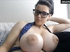 phat natural boobs live on cam