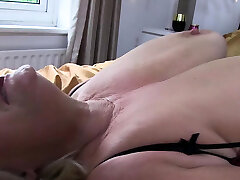 Grannies pussy fucked
