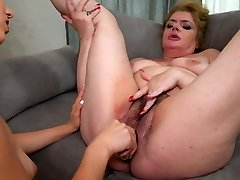 Gymnast daughter fucks big furry mom