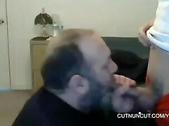 Bear sucking a twunk and swallow