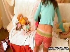 18yo lady masturbating with teddy bear