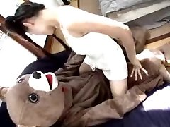 Sasha Grey Plumbs A Bear
