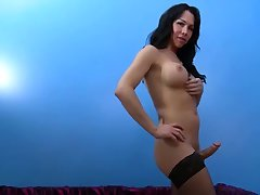 tgirl cums in own mouth