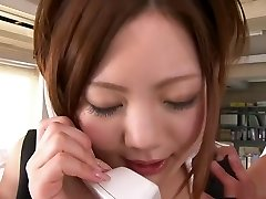 Iroha Kawashima does her job on the smartphone and still gets filled with knob