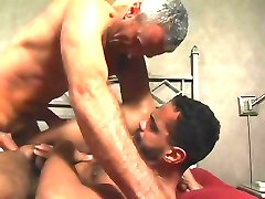 Daddy Bareback and Creampie