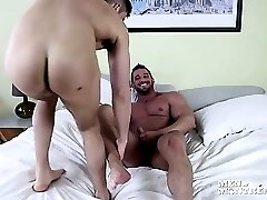 Massive muscle hunk Christian pounds his partner Felix's ass