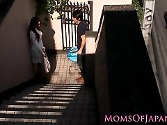 Japanese mommy cheats and gets face fucked