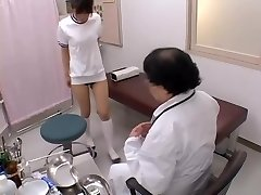 Japanese broad with sexy funbags gets her bun finger-banged in sex film