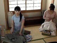 japāņu pusaudžu skolā vienotu