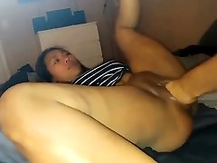 Chinese babe gets fisted
