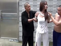 Chinese Dame In Jail