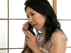 japanese muscle milf penetrate