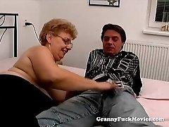A fat granny has lovemaking