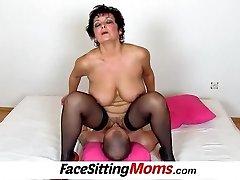 Big boobs lady Greta elderly young facesitting and pussy slurping