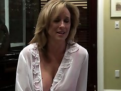 Lesbian milf smashed by her stepdaughter
