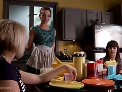 Dana Dearmond, Kate England And Darling Danika In Lesbo Fetish