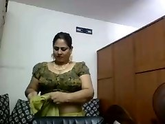 Web Cam Aunty Changing