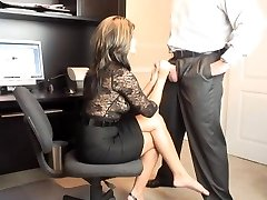 Super-fucking-hot COUGAR Office Oral