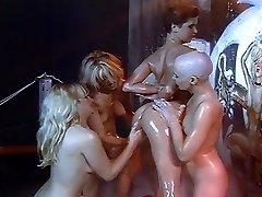 Lesbisk olja och rakning orgy