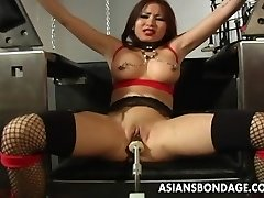 Huge-chested brown-haired getting her wet pussy machine fucked