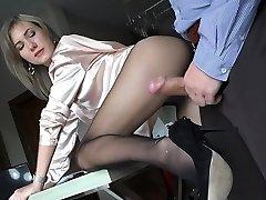 Scorching pornstar fetish and creampie