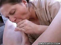Chubby amateur wife homemade deep throat and fuck
