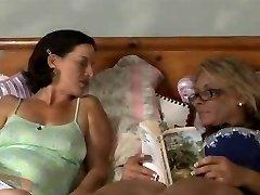 Pummeling Mature Lesbians Tnh