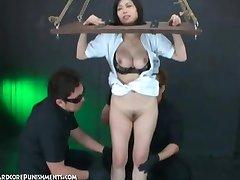 Japansk Hårdporr Phinshment Momo 3